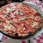 NY日記 〜NYの美味しいレストラン その1:GRIMALDI'S(ピザ)〜